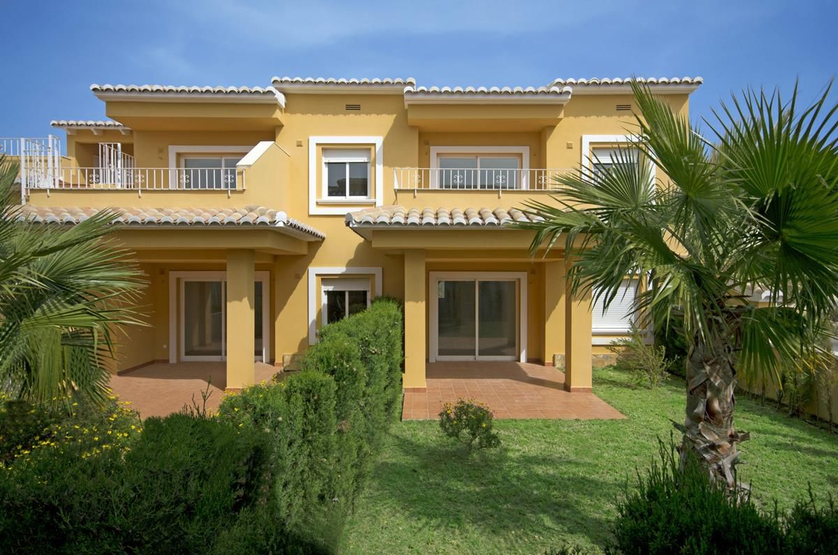 Model edurne pl.alta lateral with 2 bedrooms, 2 bathrooms and 94,00 Sqm. and terraces with barbecue., Spain
