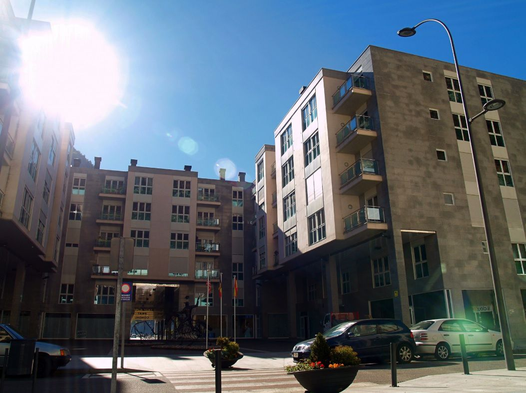 Pis en venda a Santa Coloma, 2 habitacions, 80 metres