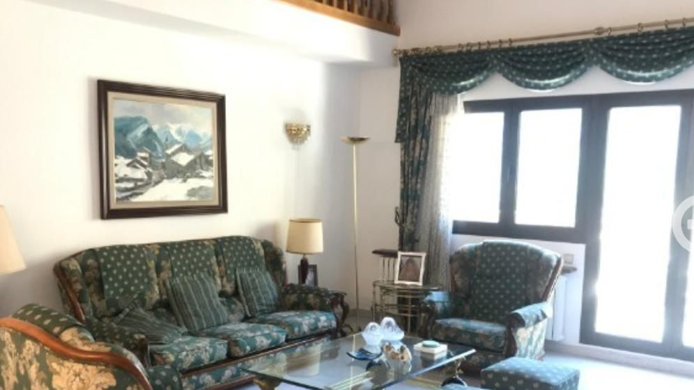 Xalet de lloguer a Escaldes Engordany, 5 habitacions, 240 metres
