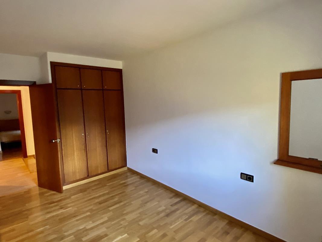 Xalet en venda a Aixirivall, 5 habitacions, 335 metres