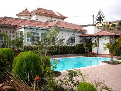 vista-casa-piscina..jpg