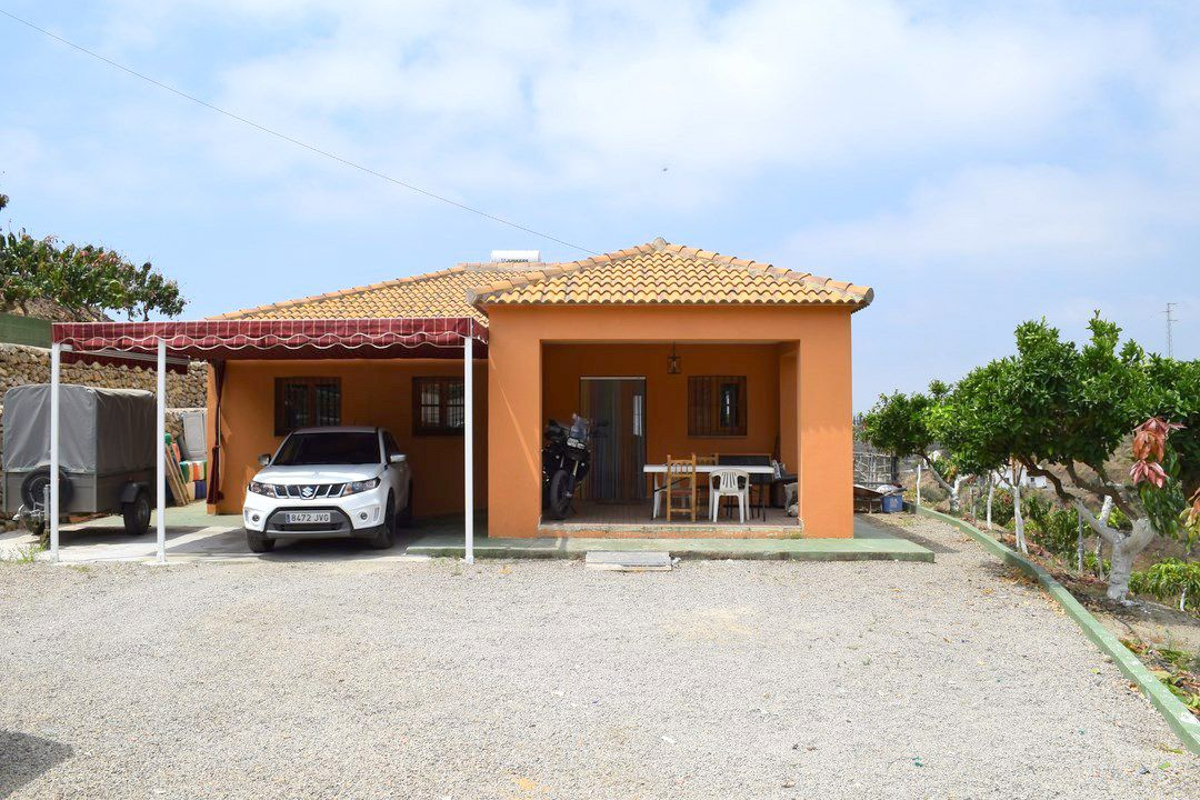 Country Houses For Sale in Arenas, Arenas, Spain