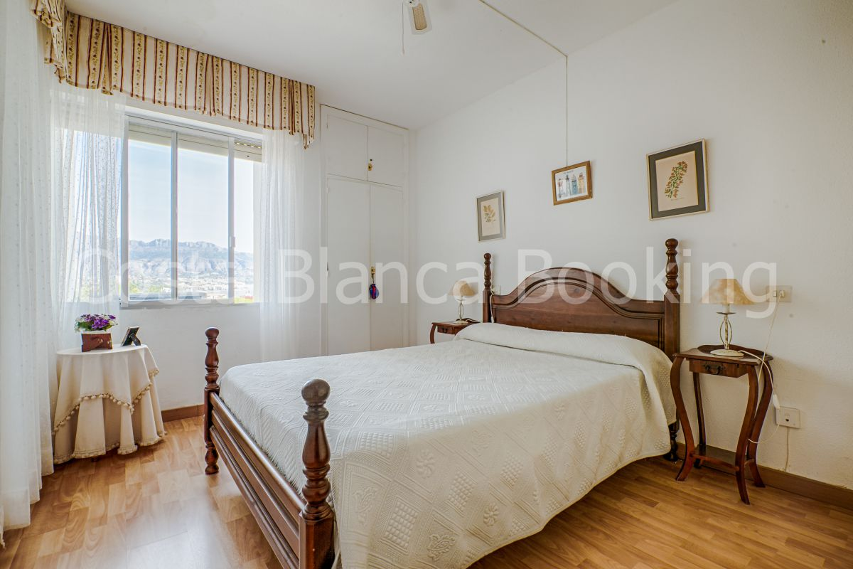 COZY APARTMENT VERY CENTRALLY LOCATED IN ALBIR