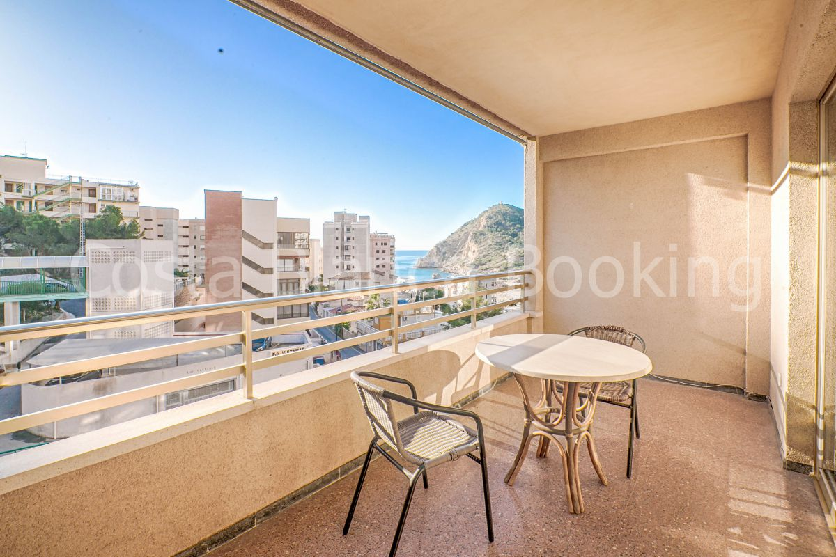 ONE BEDROOM APARTMENT WITH LARGE TERRACE AND LOVELY VIEWS OF THE SEA