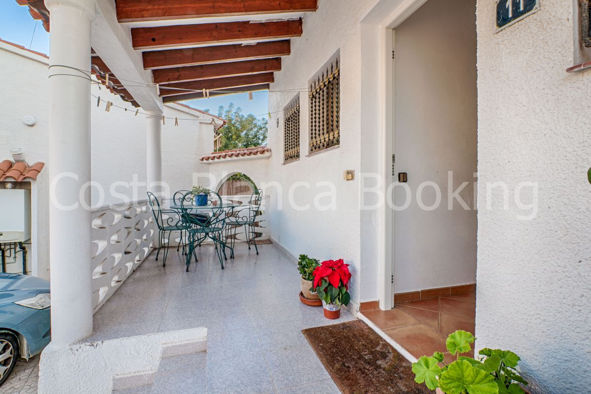 BEAUTIFUL BUNGALOW IN EL TOSSAL – LA NUCIA