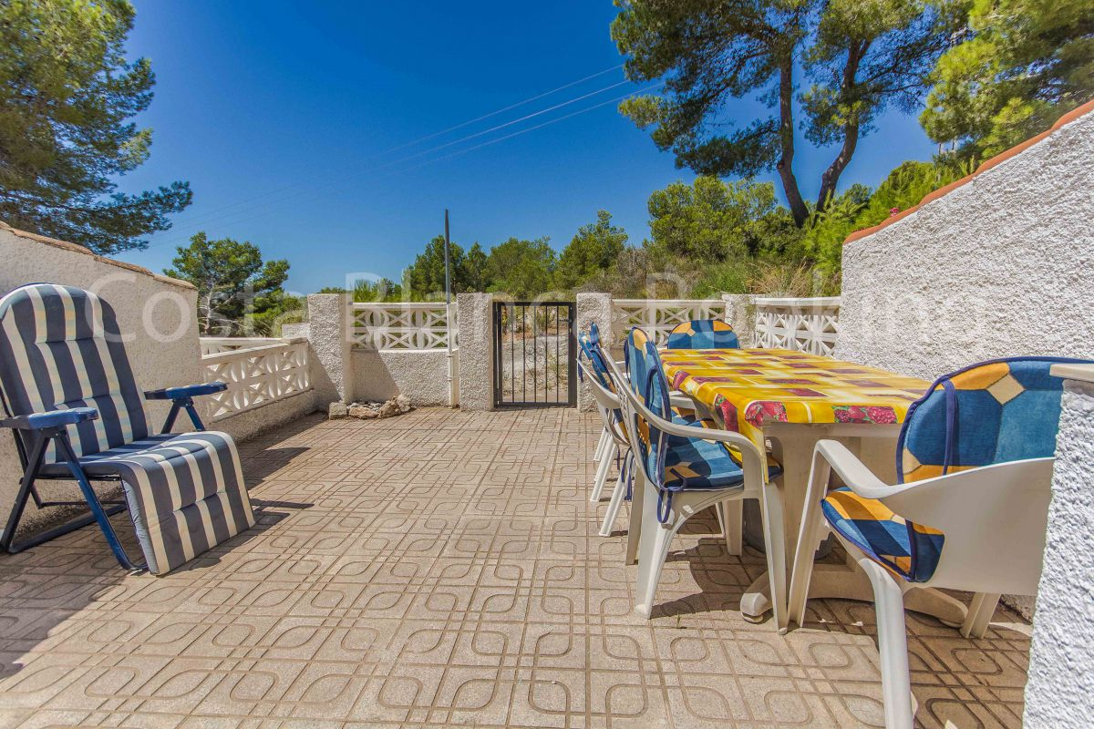 NICE SUNNY BUNGALOW IN ALFAZ DEL PI WITH SEA VIEWS