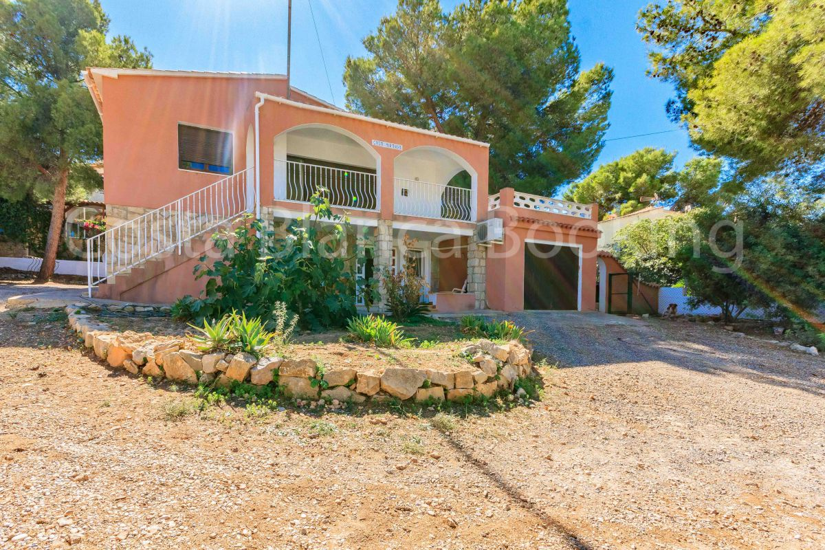 INDEPENDENT VILLA IN ALBIR