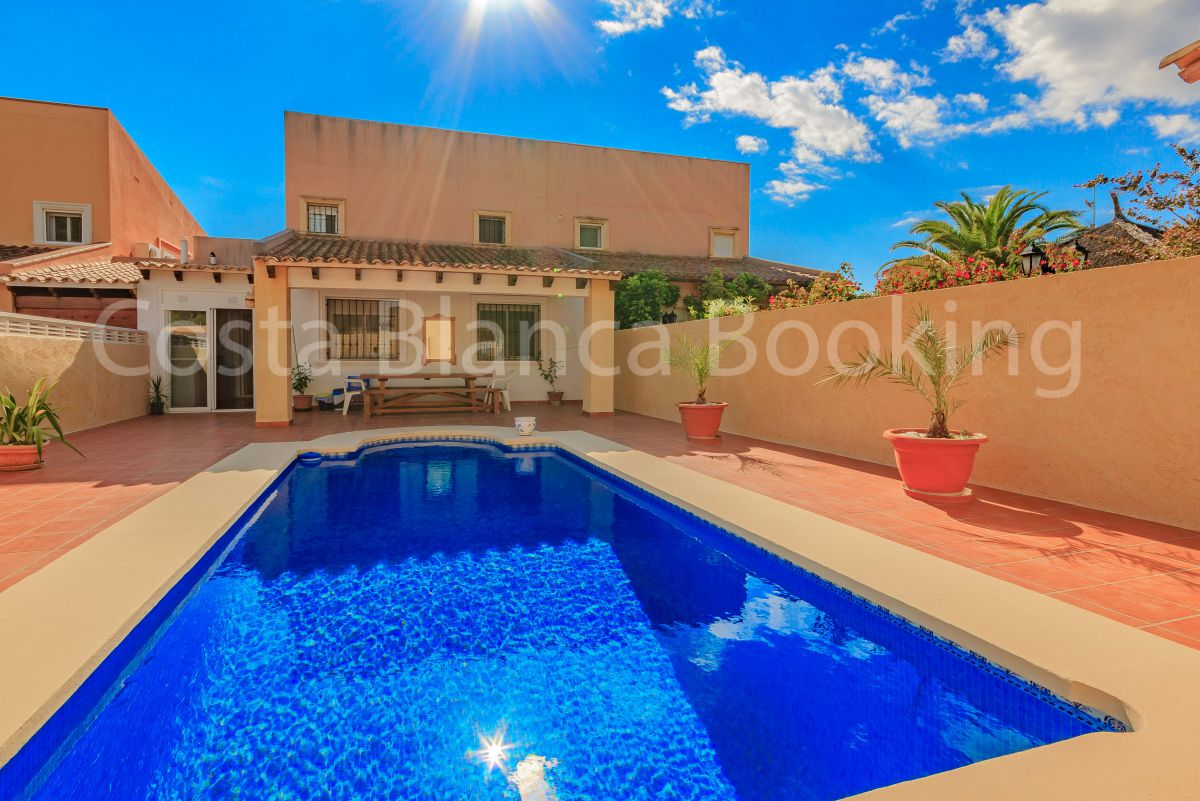 BEAUTIFUL SEMIDETACHED HOUSE WITH LARGE TERRACES AND PRIVATE POOL