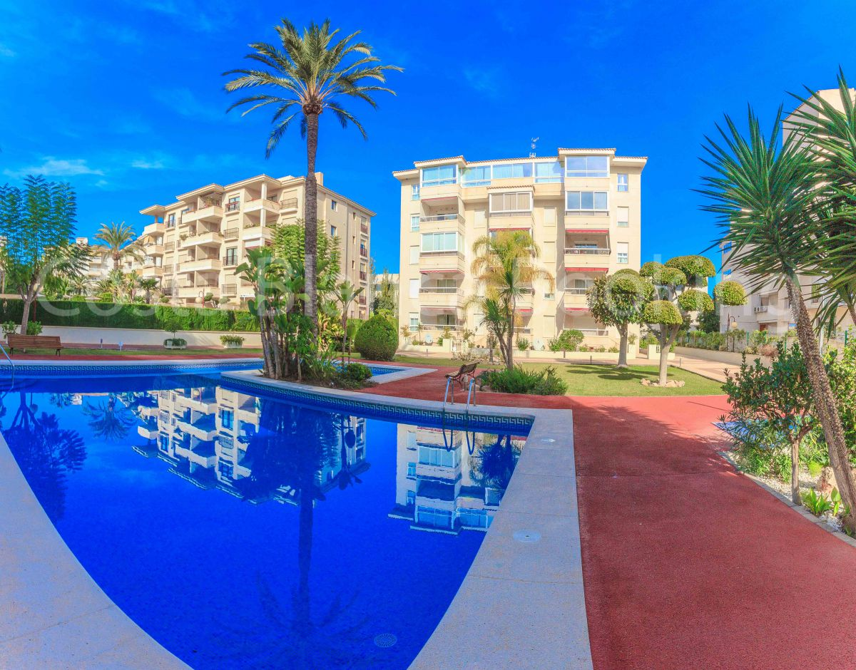 FANTASTIC PENTHOUSE IN ALBIR, SUNNY, CENTRIC AND VERY CLOSE TO THE BEACH