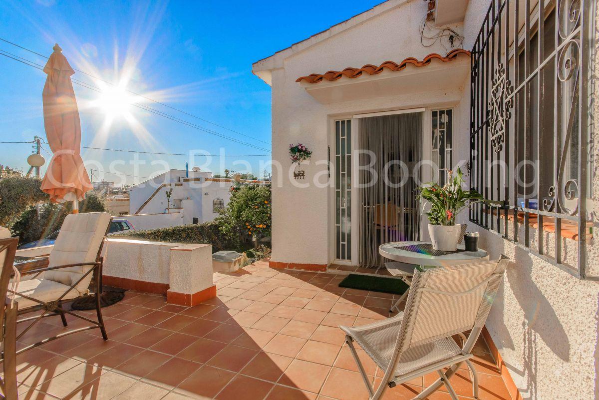 BEAUTIFUL SUNNY SEMI-DETACHED HOUSE NEAR ALFAZ DEL PI