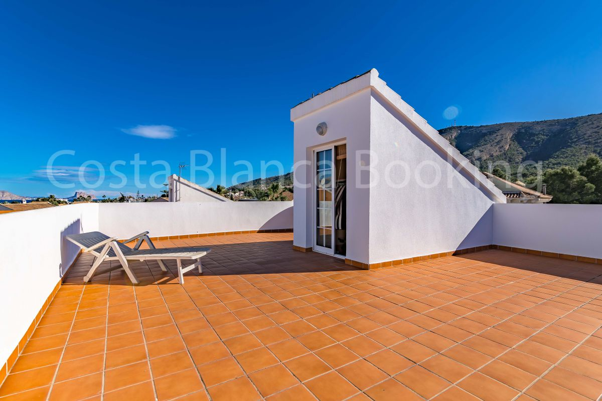 VILLA WITH OWN POOL IN ALBIR