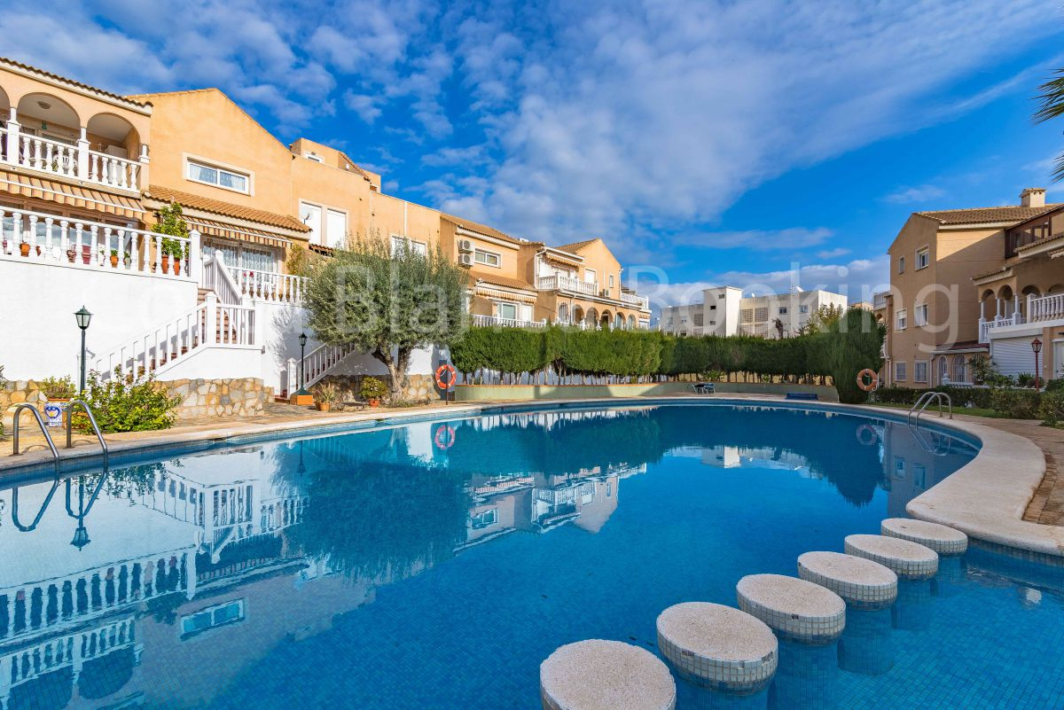 FANTASTIC APARTMENT IN ALBIR