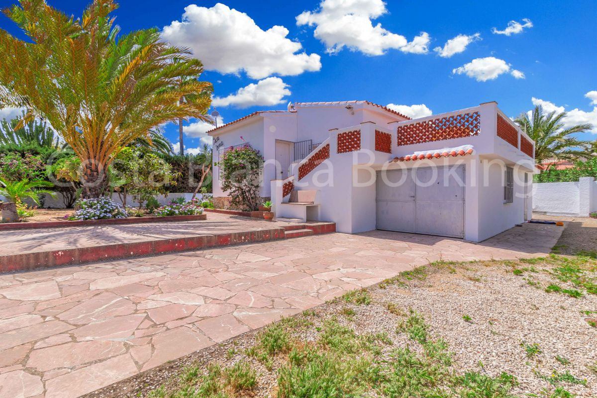 VILLA IN THE CENTER OF ALBIR