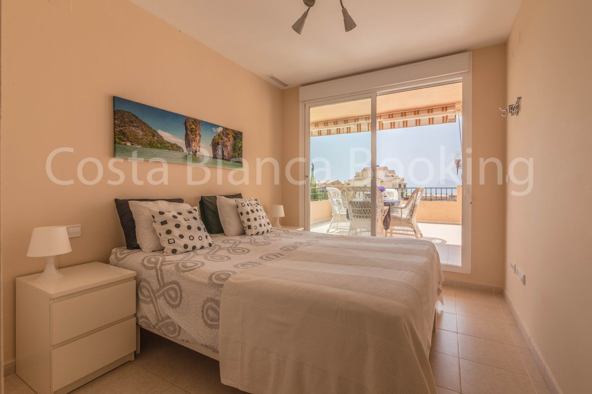 VERY SUNNY APARTMENT WITH SEA AND MOUNTAIN VIEWS