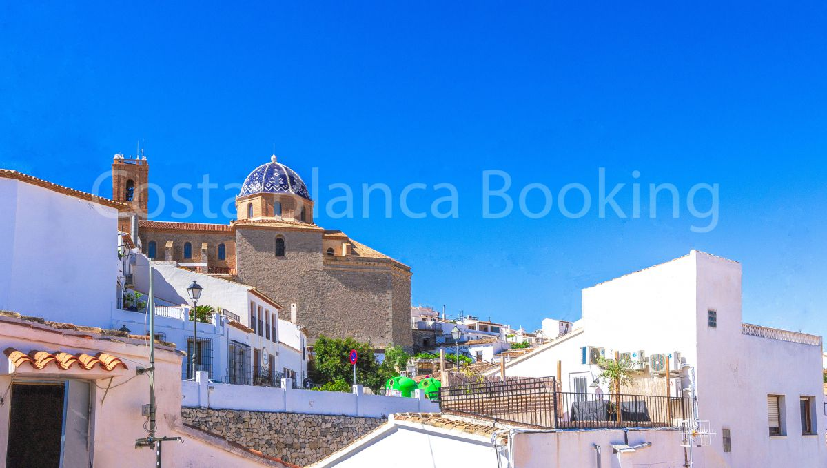 TOWN HOUSE IN THE PRECIOUS OLD TOWN OF ALTEA