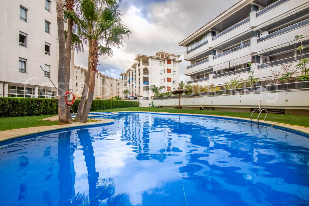 APARTMENT NEAR THE BEACH IN ALBIR