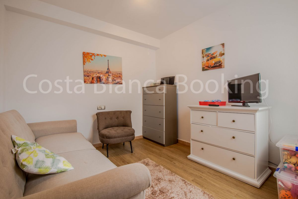 FANTASTIC APARTMENT IN THE CENTER OF ALFAZ – IDEAL INVESTMENT FOR RENTALS