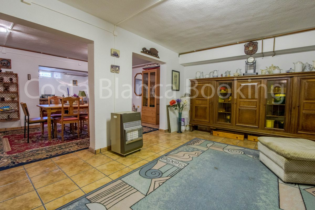 PRECIOUS INDEPENDENT CHALET WITH POOL