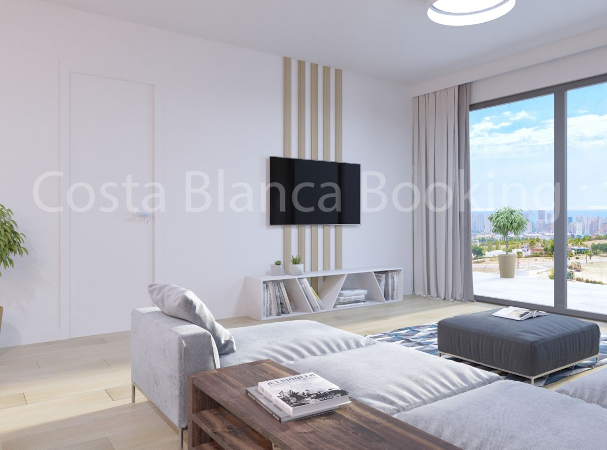 FANTASTIC APARTMENT WITH LARGE PRIVATE GARDEN