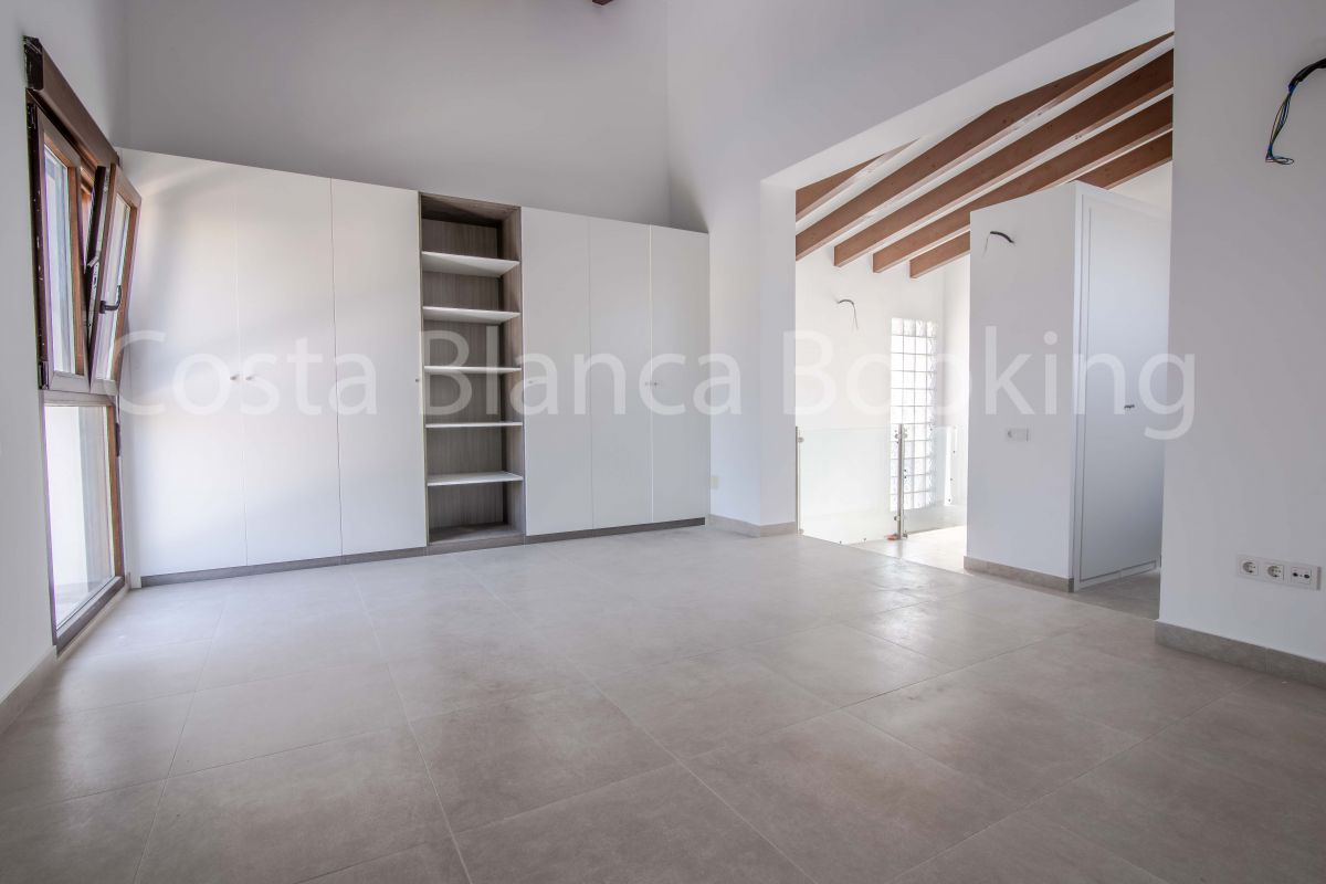 3 BEDROOM CHALET WITH PRIVATE POOL  AND VERY CLOSE TO THE CENTER OF ALBIR