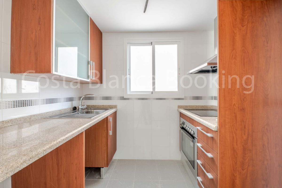 PENTHOUSE ONLY 700 METERS FROM THE BEACH