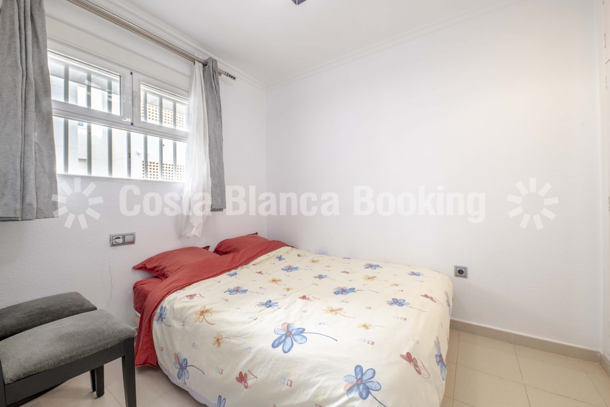 STYLISH AND SOUTH FACING THREE-BEDROOM APARTMENT  IN THE CENTER OF ALBIR