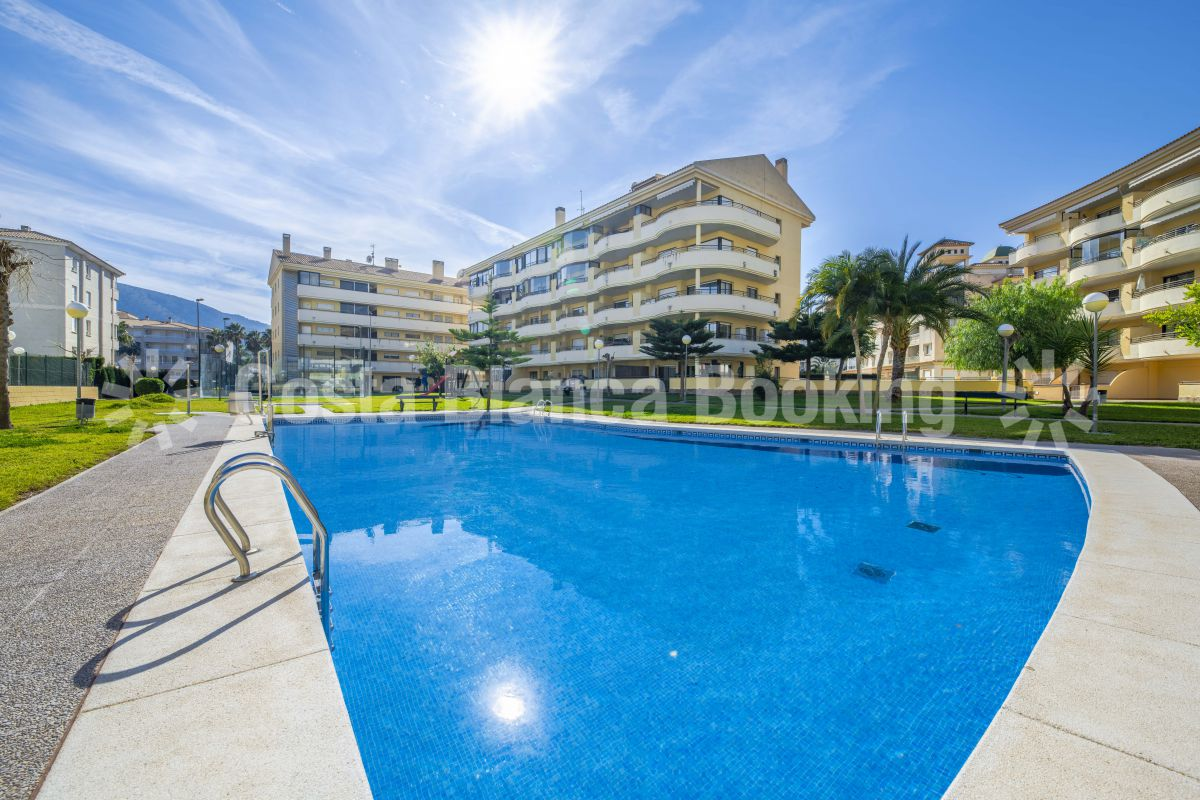 SUNNY VILLA FOR SALE CLOSE TO CENTER OF ALBIR & SPECIAL OFFER