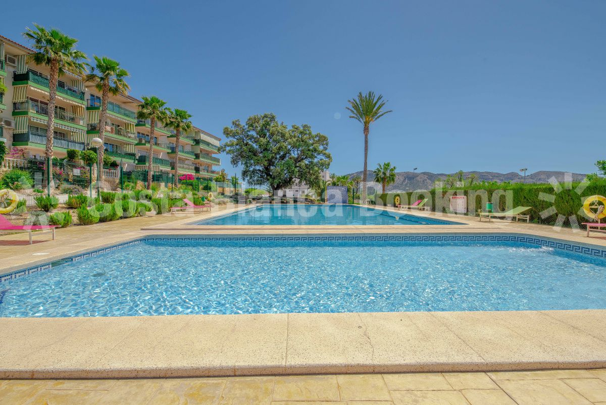 SOUTH FACING APARTMENT WITH GREAT VIEWS NEAR ALFAZ DEL PI
