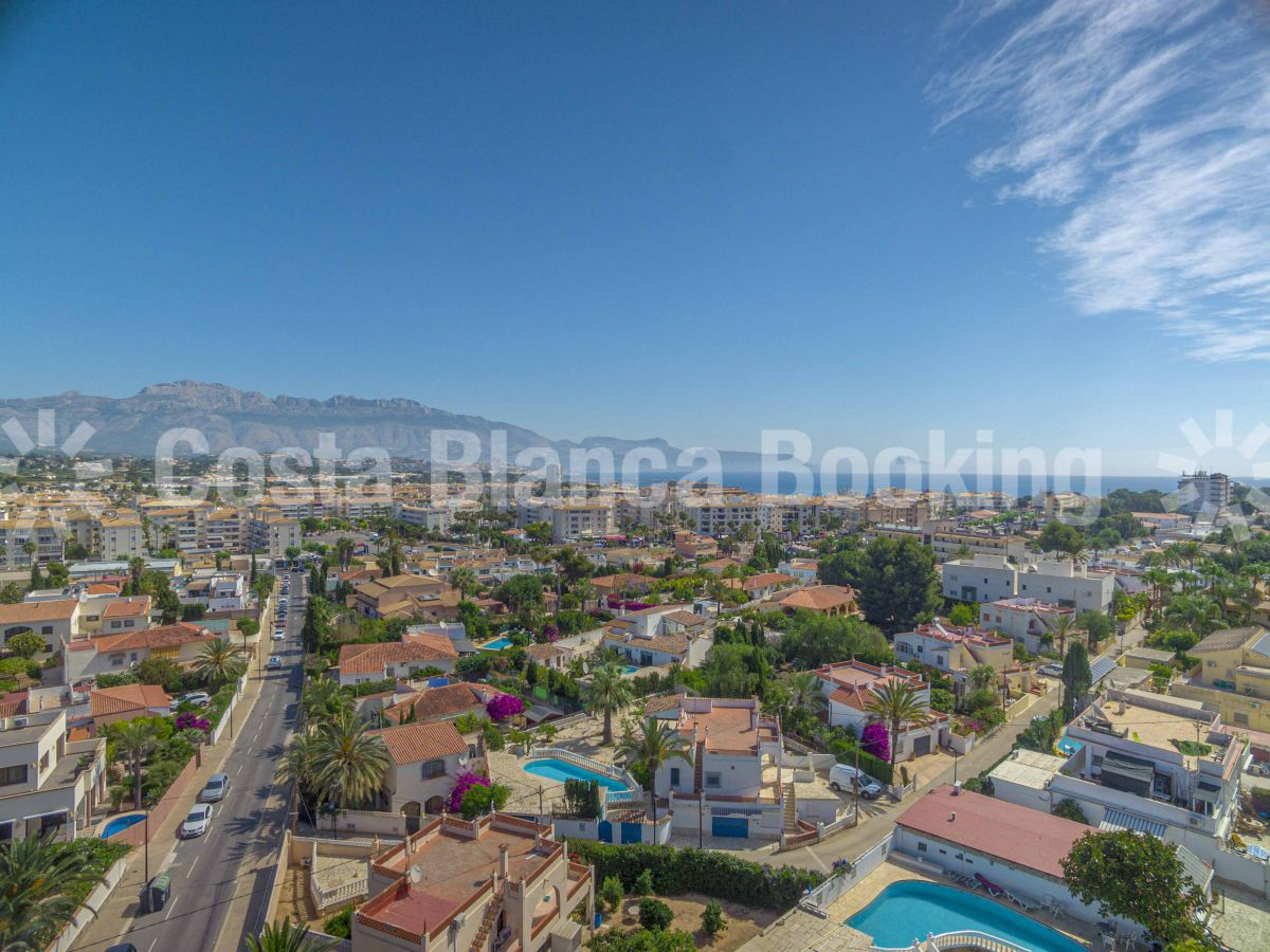 SUNNY VILLA IN THE CENTRE OF ALBIR