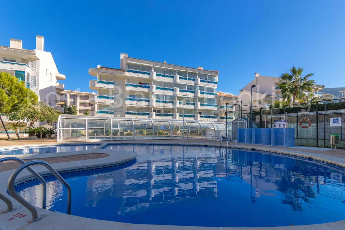 COZY APARTMENT IN EL ALBIR WITH PARKING AND POOL