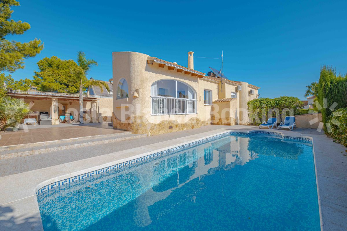 VILLA WITH SEA VIEWS IN LA NUCIA