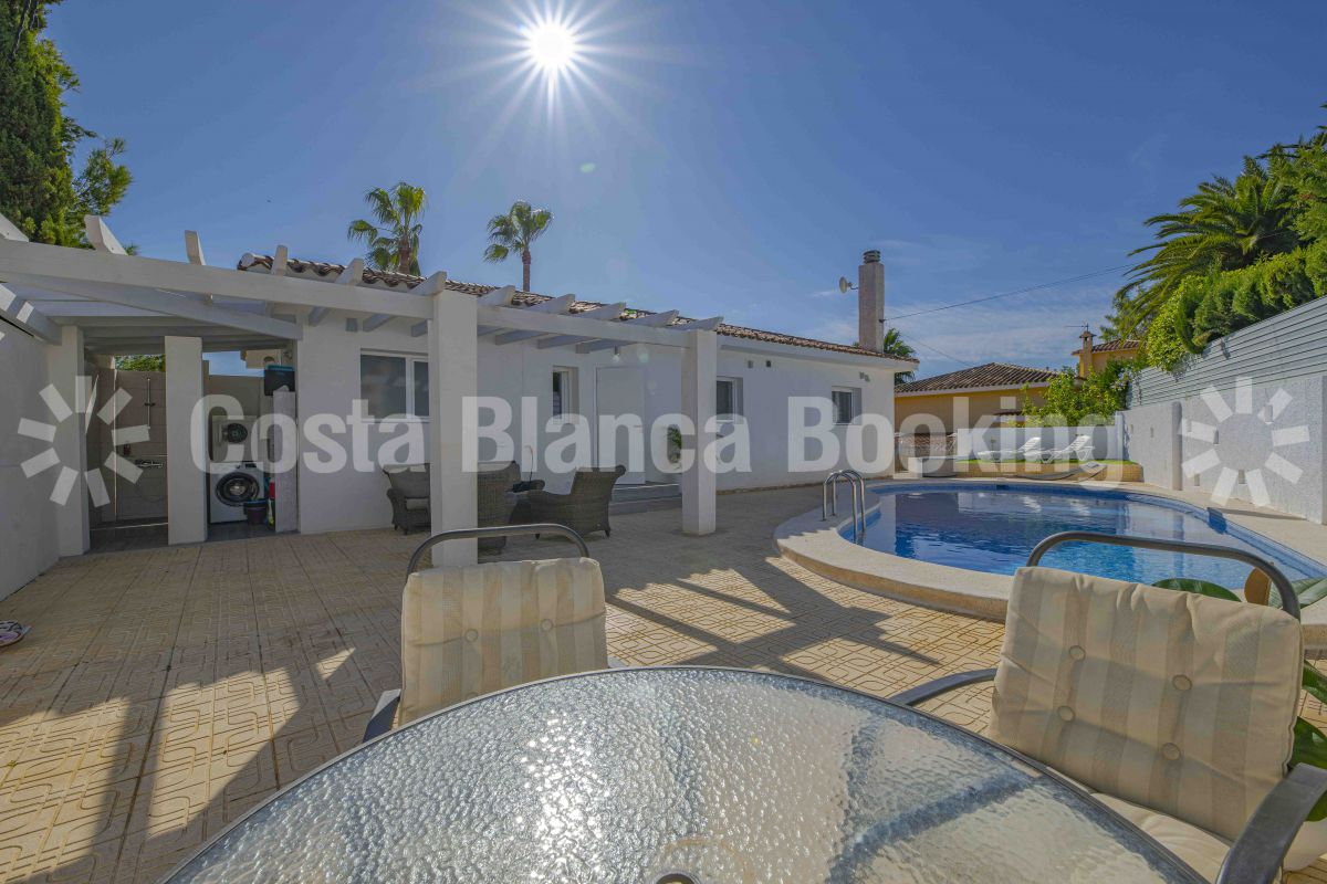 FANTASTIC VILLA WITH GUEST APARTMENT NEAR ALFAZ