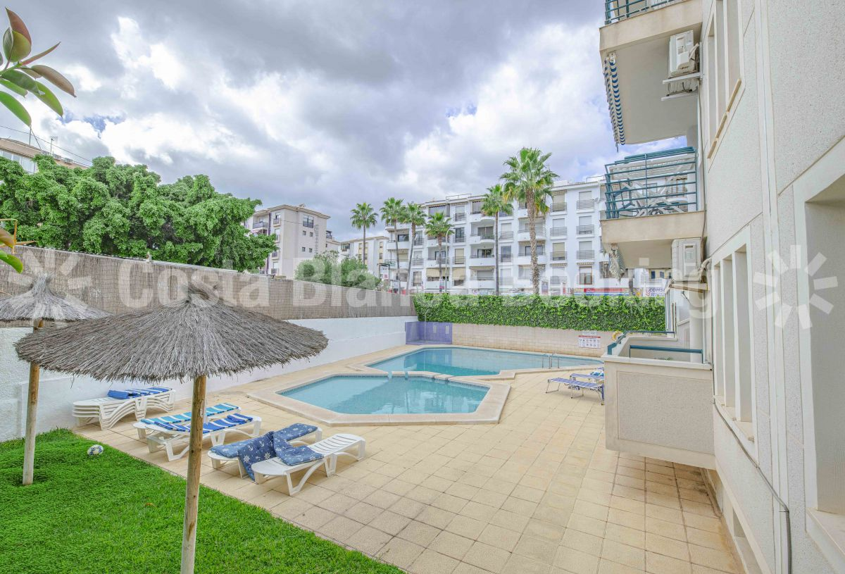 COZY CENTRAL APARTMENT FOR SALE IN ALBIR
