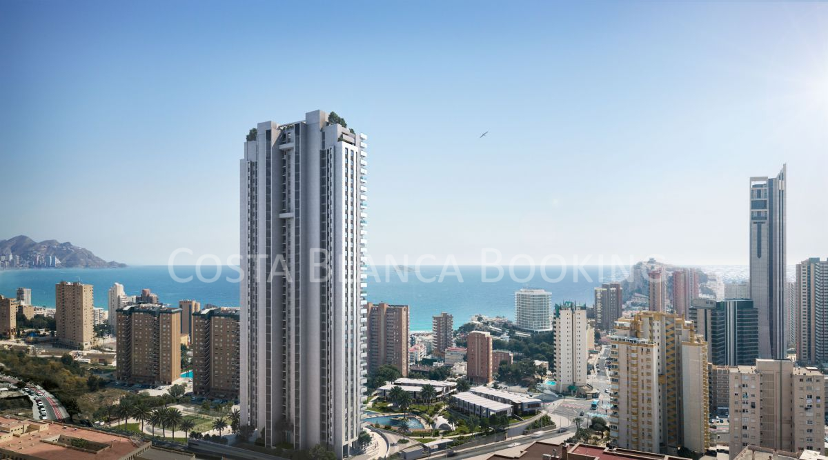 CAN YOU IMAGINE LIVING A FEW METERS FROM PONIENTE BEACH IN THE MOST DISTINGUISHED URBANIZATION OF BENIDORM€