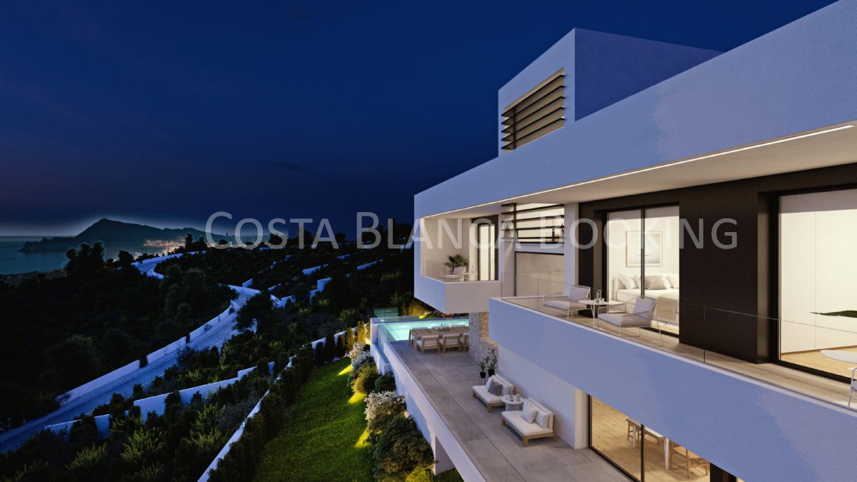 VILLA DESIGNED/PLANNED ON A PLOT WITH SPECTACULAR SEA VIEWS