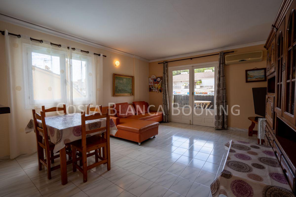 Central apartment in Albir