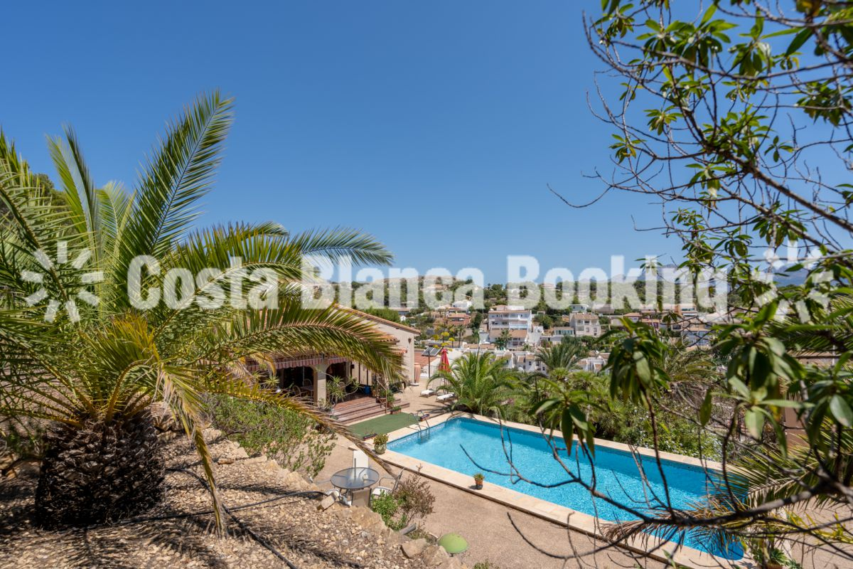 San Rafael- Great Villa with a lot of possibilities