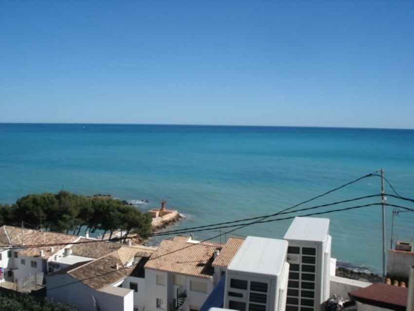PENTHOUSE CLOSE TO THE SEA IN LA OLLA, ALTEA.