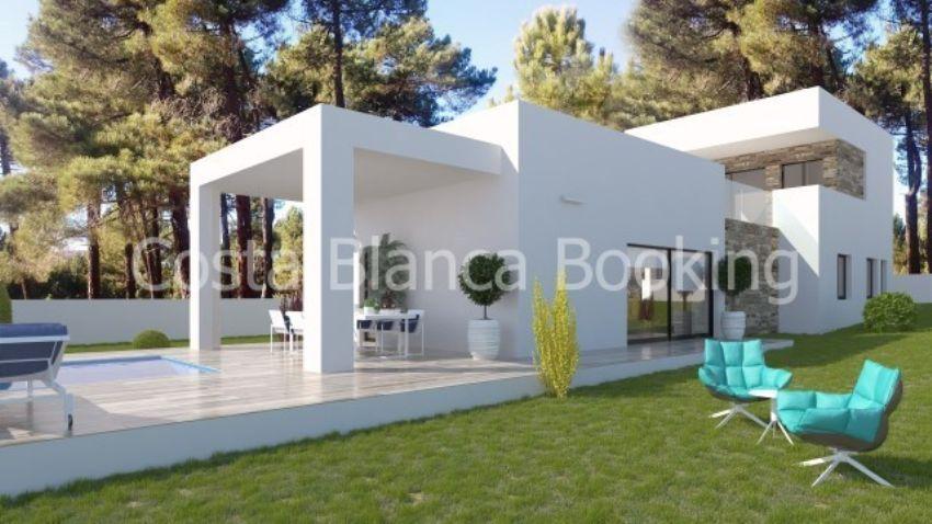 Disse nye bygge villaer har en veldig moderne design, som leveres med alle funksjonene og installasjoner du trenger.