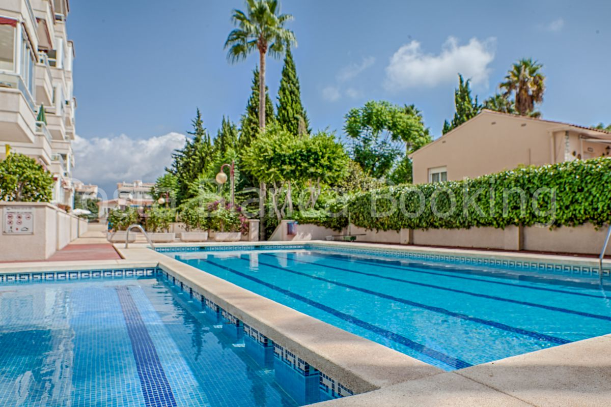 EXCLUSIVE AND MODERN VILLA IN ALBIR