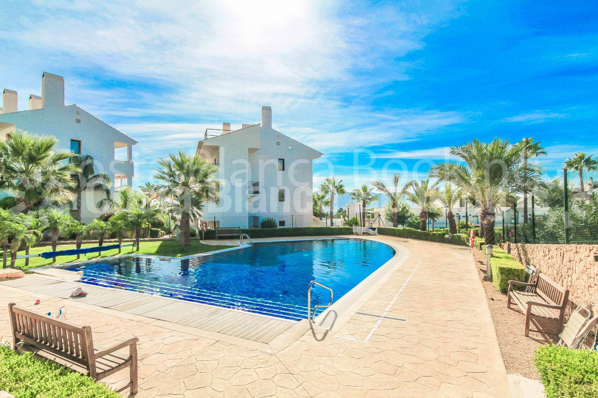 VERY NICE APARTMENT WITH 2 BEDROOMS IN ALFAZ DEL SOL
