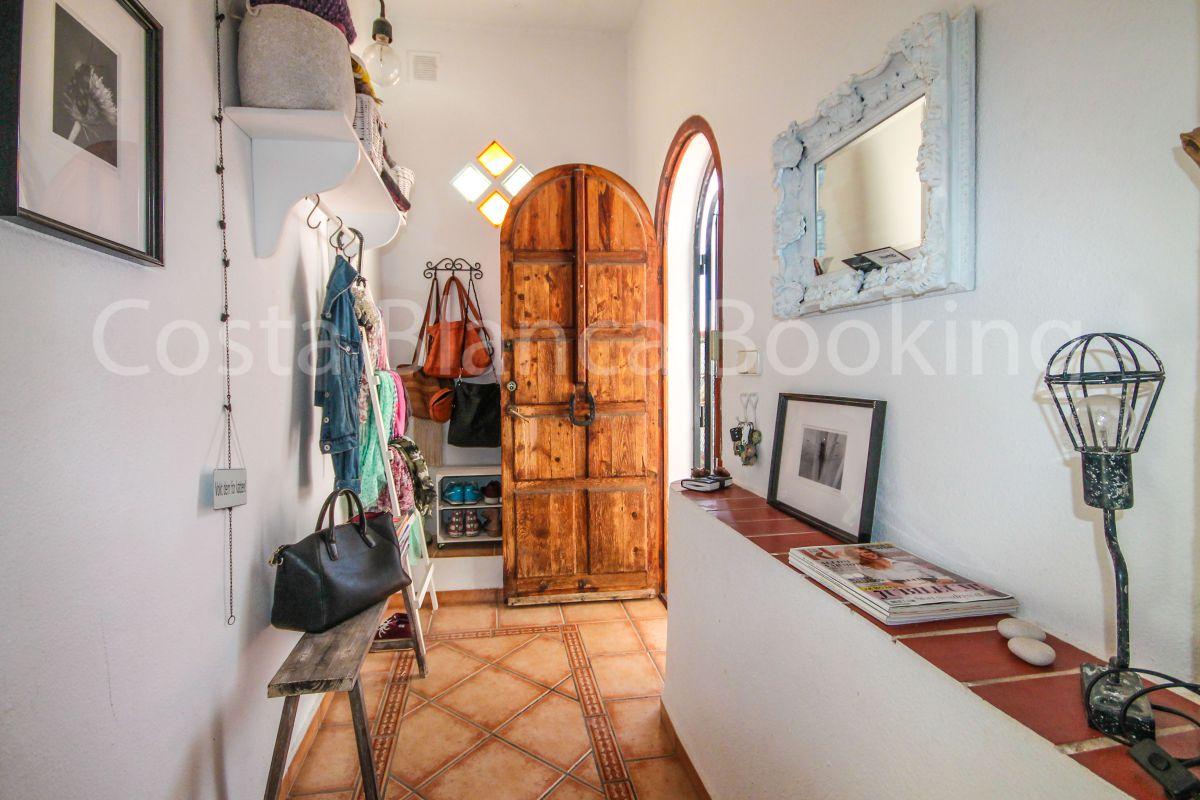 BEAUTIFUL HOUSE IN ALFAS DEL PI