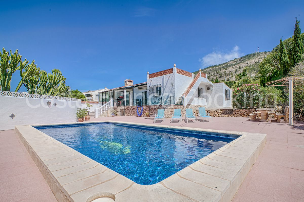 SUNNY AND ATTRACTIVE VILLA WITH PRIVATE POOL IN ALBIR