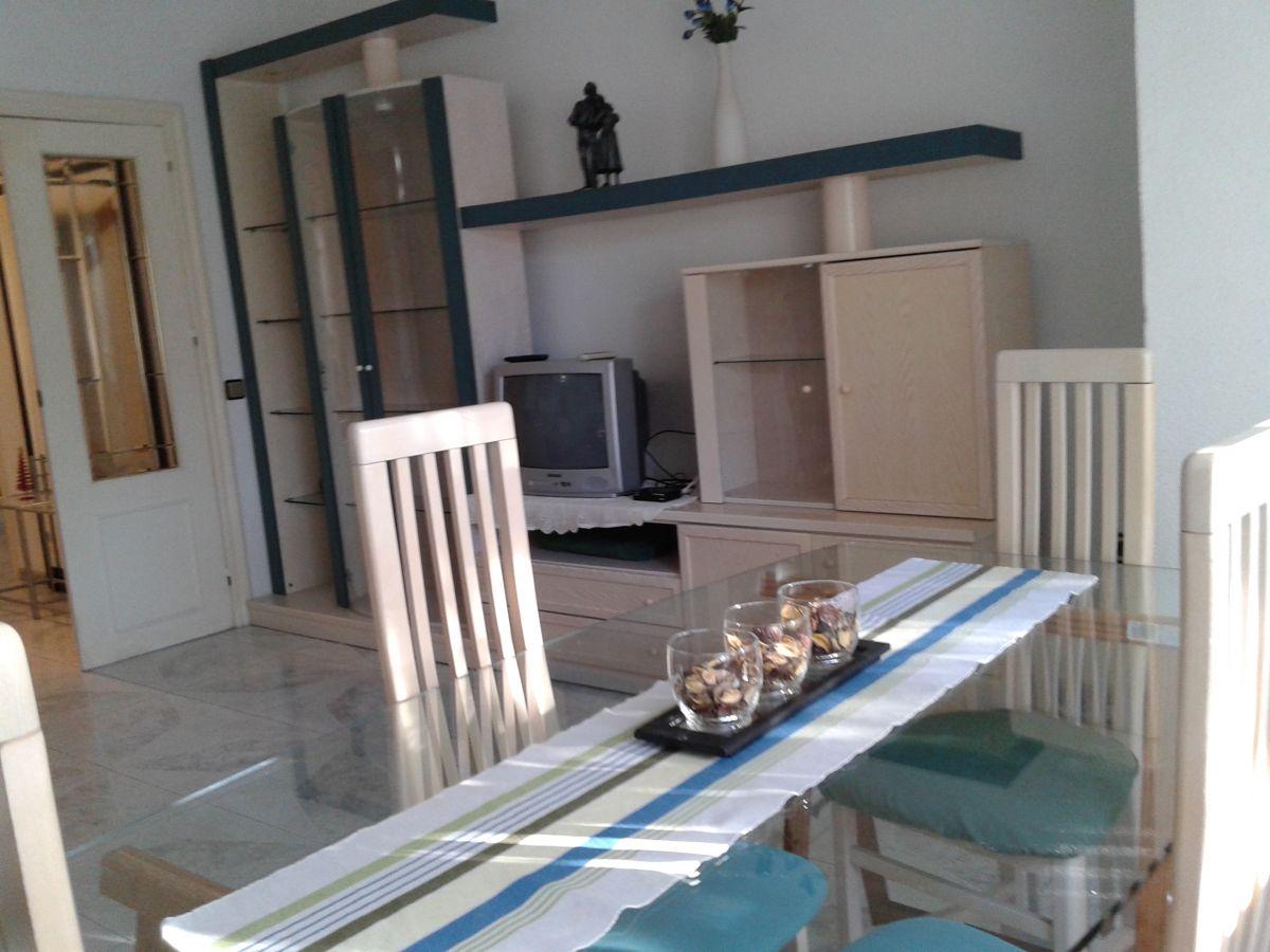 Piso en alquiler con 106 m2, 3 dormitorios  en Cartagena ciudad (Carta