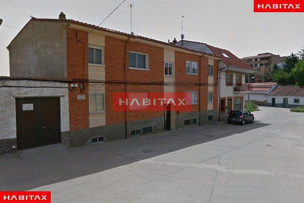 Piso en venta con 98 m2, 3 dormitorios  en San Frontis (Zamora)