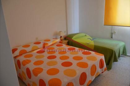 Dormitorio1-2.JPG