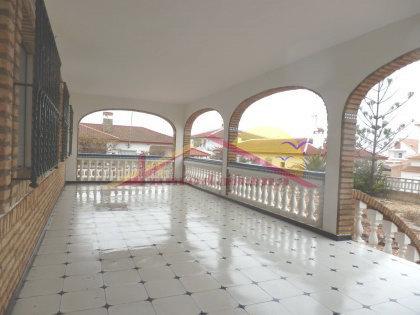 porche.jpg