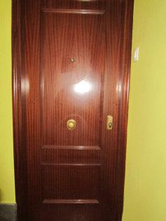 011 puerta seguridad.JPG