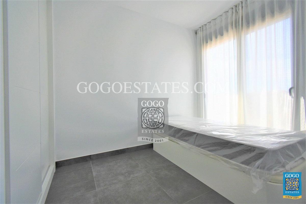 Appartement te koop in Villamartin, Orihuela Costa.