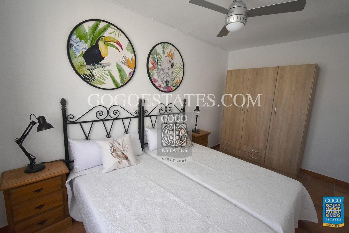 Te huur 5 slaapkamer villa Calareona